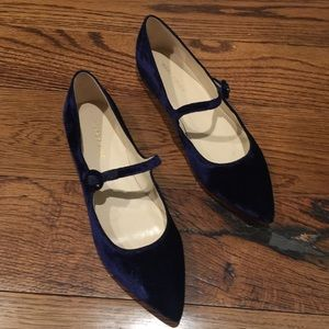 New Marc Fisher Blue Velvet flat Mary Janes Sz8.5